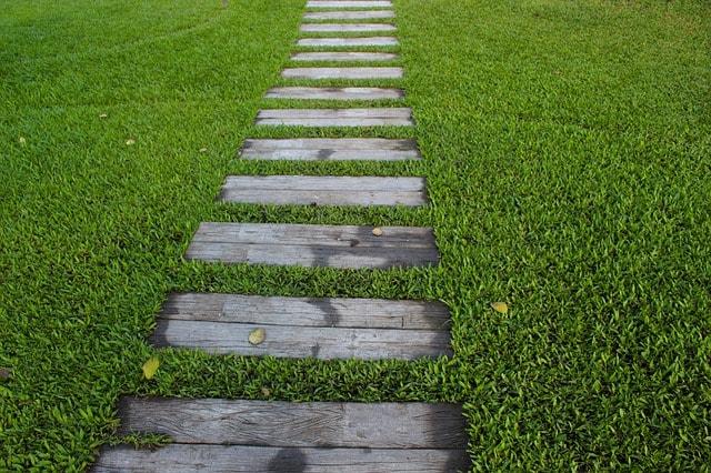 Comment fabriquer des pas de jardin?